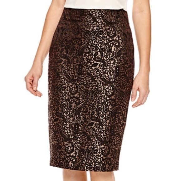 Worthington Dresses & Skirts - Worthington Black & Gold Pencil Skirt